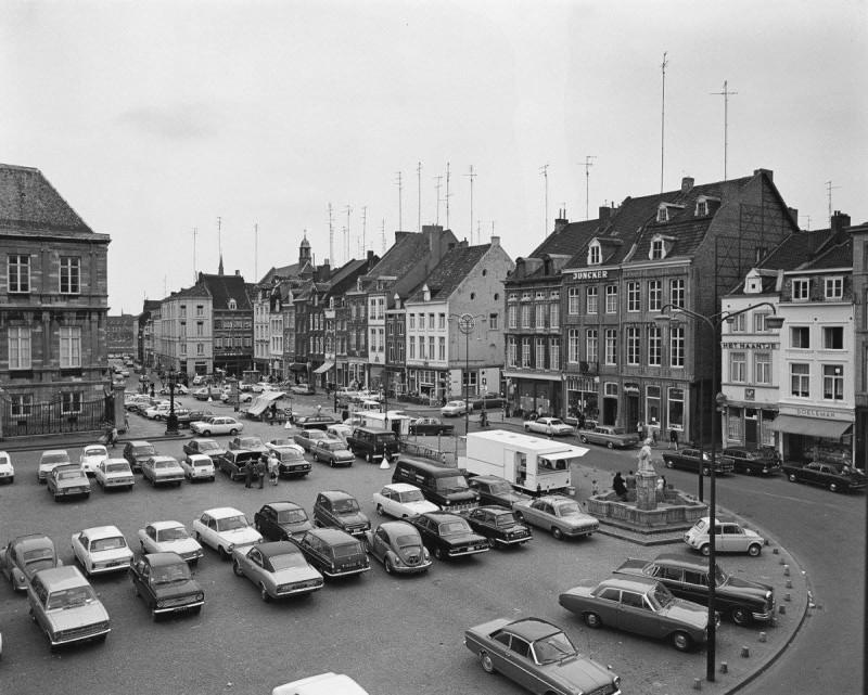 Back in time... Markt, Maastricht
